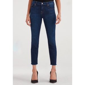 NWT 7 For All Mankind Size 25